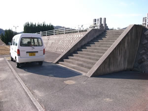 H区画駐車場